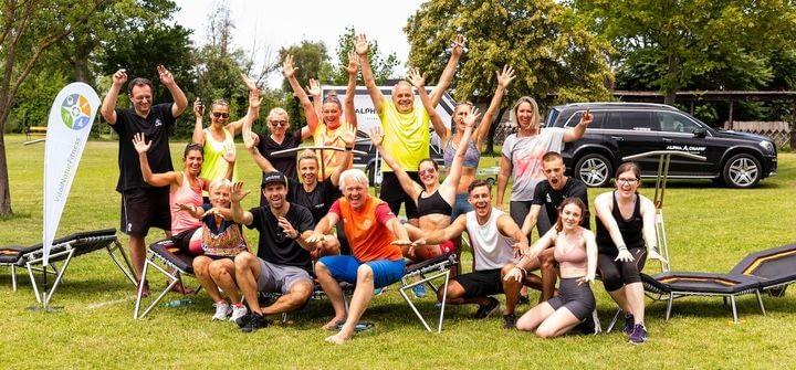 Vital Natur Fitness - Team & Community, mit Begeisterung bei der Bewegung in der freien Natur